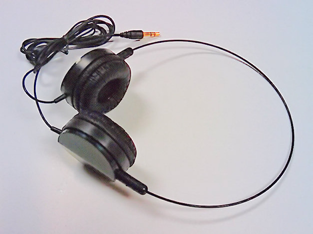 HF-HEADSET-LKT-C23: Lite-weight Stereo headphone